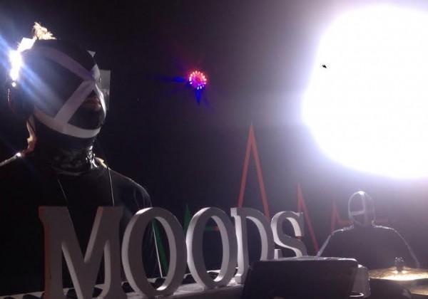 """""""B-come""""il  singolo dei MOODS!"""